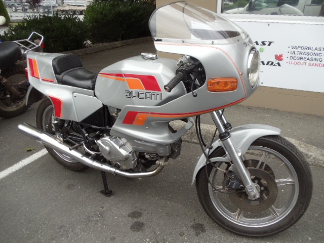1982 Ducati Pantah 600SL Super bike  $8000 New lower price