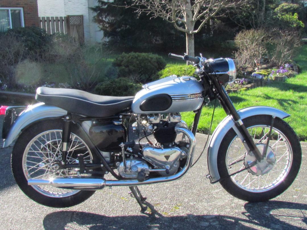 1954 Triumph Tiger T110  $14,000 cad