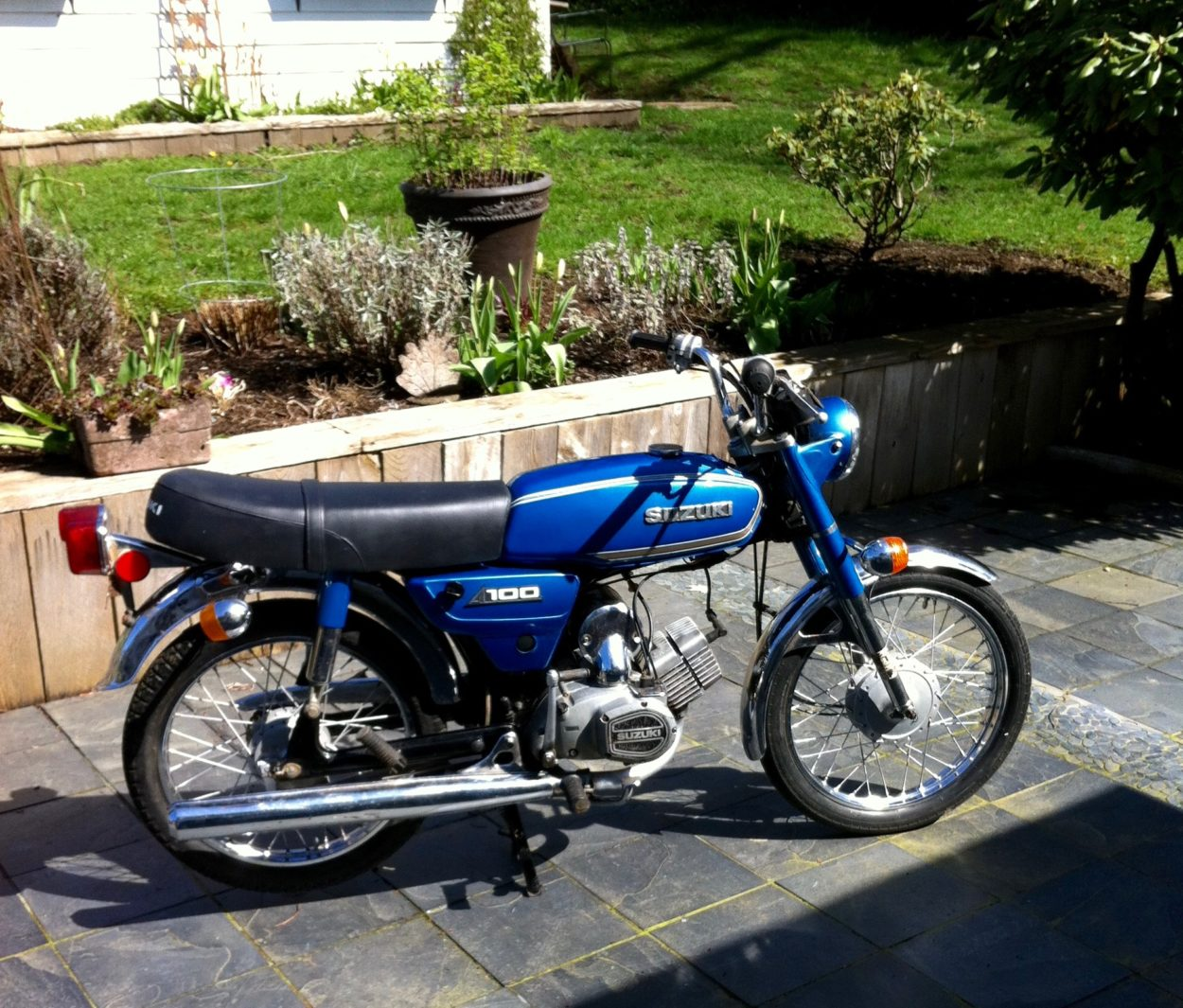 1979 Suzuki A100 2 Stroke ( Tiddler)      **New lower price $1800**