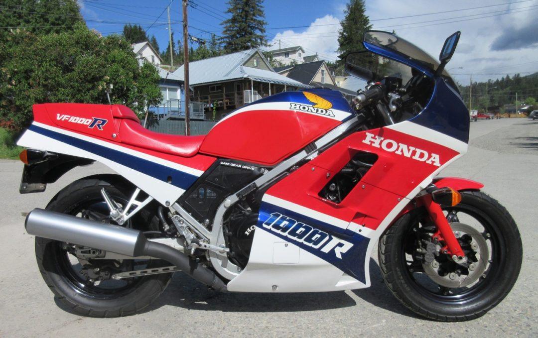 1986 Honda VFR1000R               $12000 cad