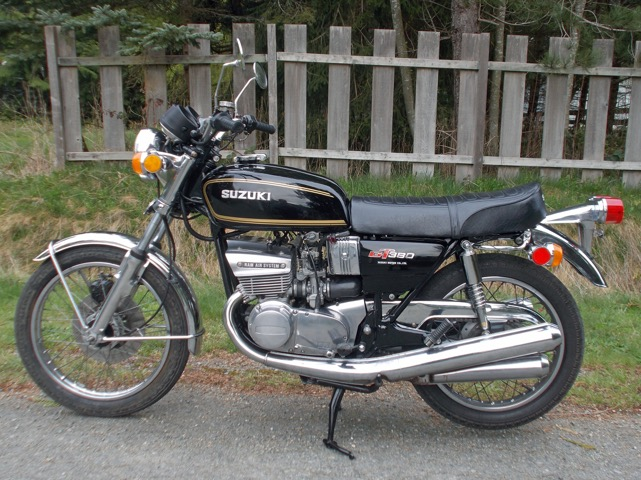 1975 Suzuki GT380M      ***  $4900 cad ***