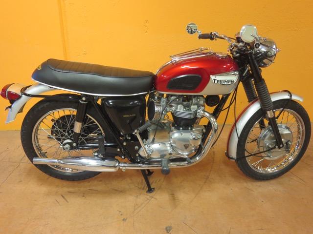 1968 Triumph T120R Bonneville                       $14,500cad