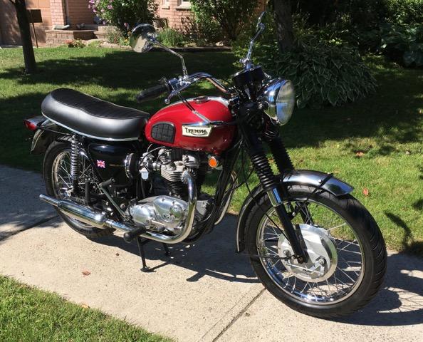 1969 Triumph Bonneville T120R                 $11,000 cad